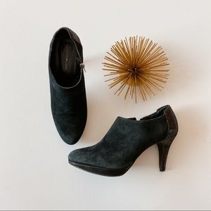 Bandolino • suede heeled booties
